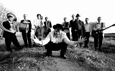 MOHIKAN FAMILY'S   オフィシャルブログ   Emir Kusturica & The No Smoking Orchestra