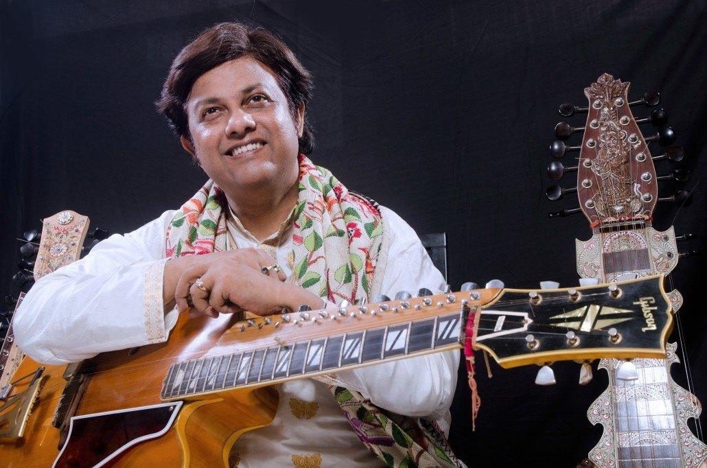 DEBASHISH BHATTACHARYA/デバシシュ・バタチャルヤ