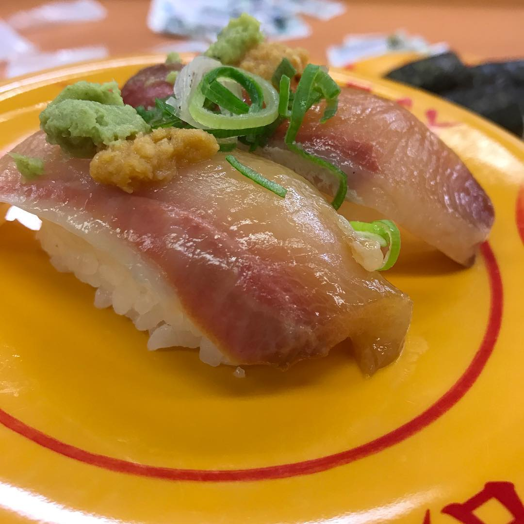 <br /> クリスマスイブの日なので寿司を食べる事にしました🍣 #寿司<br />