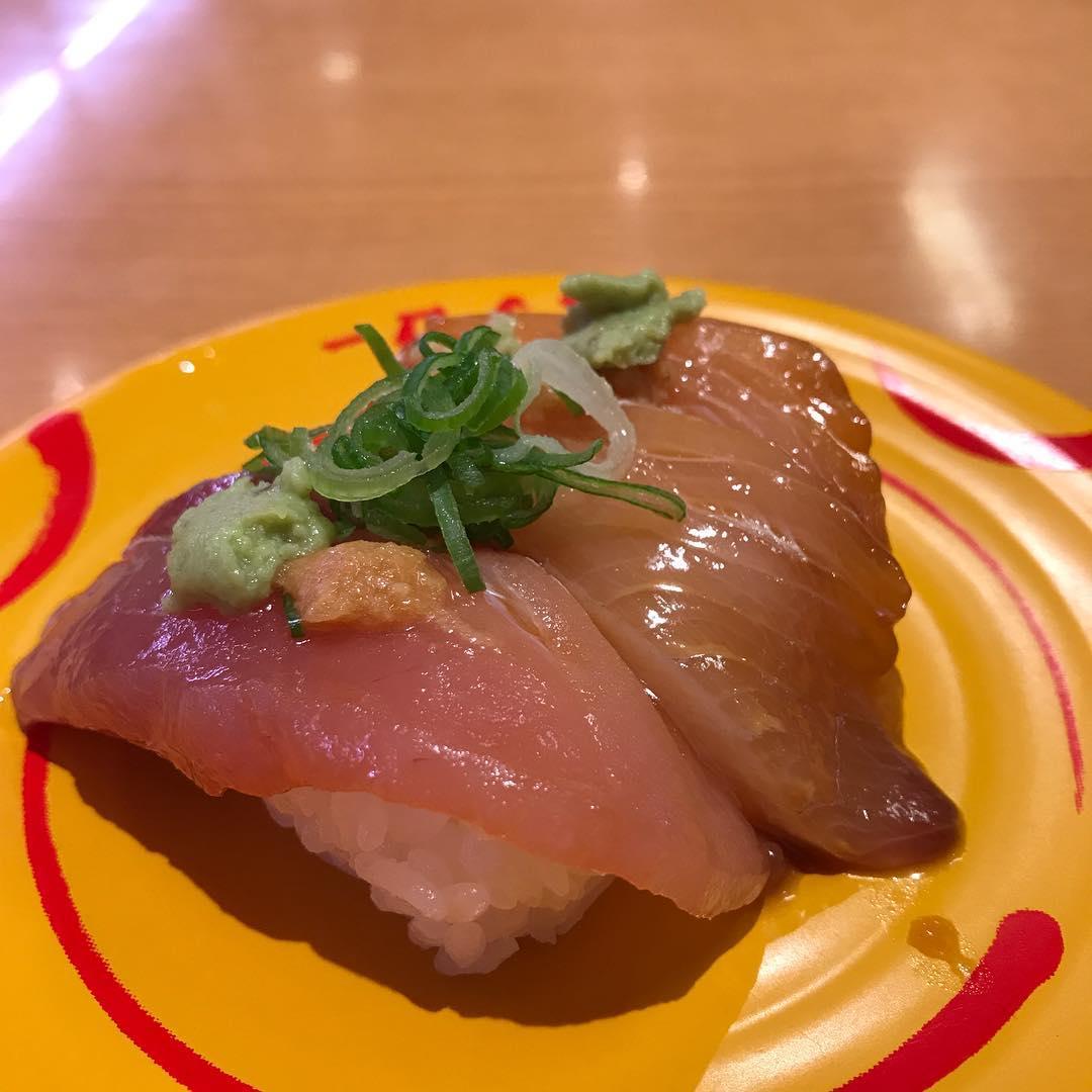 今週末は福島県でうづぐ島ライブなので、お寿司の勉強してます🍣 #寿司