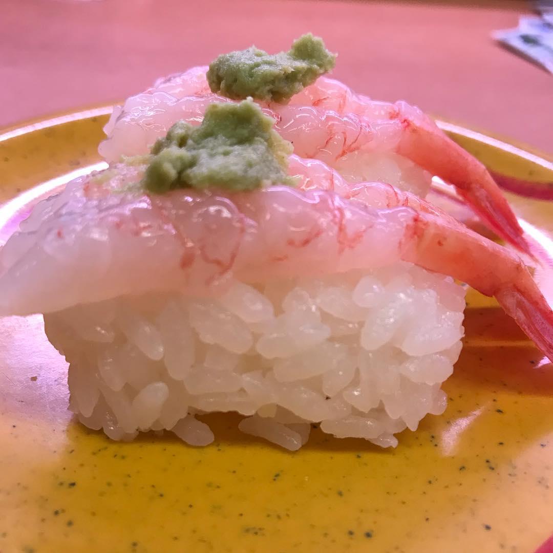 <br /> 年越し寿司。<br /> 今年一年、みなさんのお寿司は如何だったでしょうか?<br /> 来年もお寿司していきましょう🍣 #寿司<br />