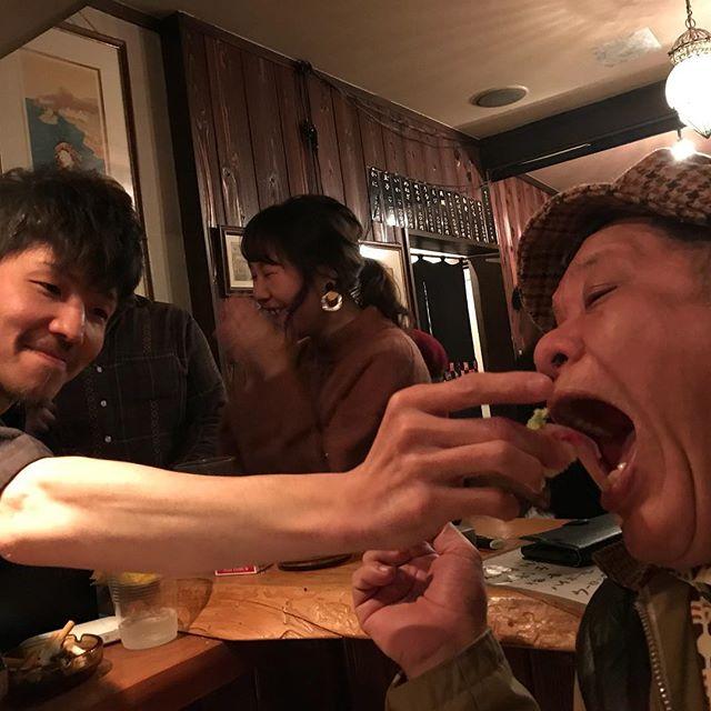 握りを直接食べるスタイル寿司🍣