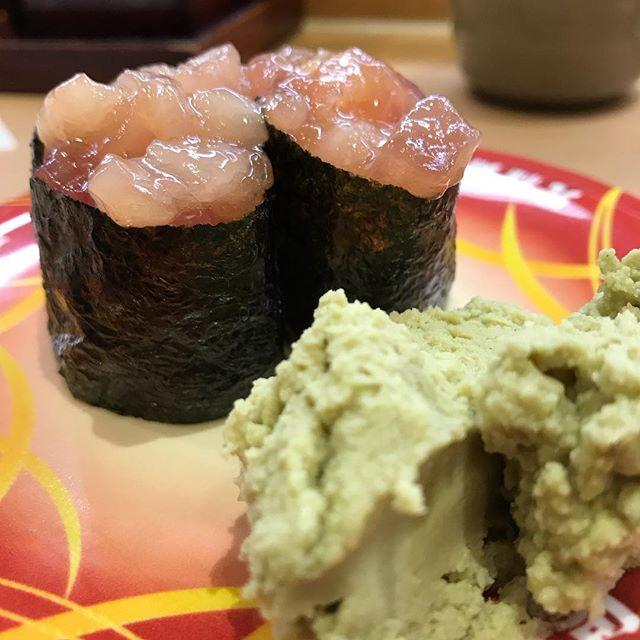 今年最後のアイリッシュセッションなのでお寿司の勉強して挑みますヨ🎻 #アイリッシュセッション #ダブリンベイ#寿司#sushi