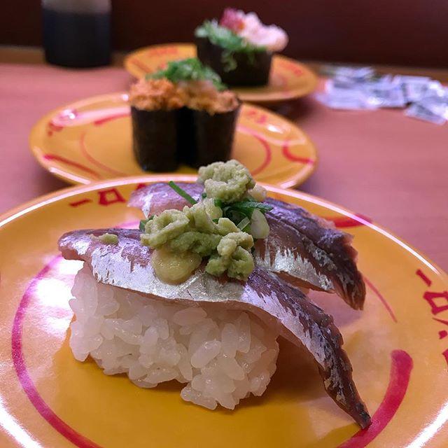 お寿司が大渋滞🍣🍣 #寿司