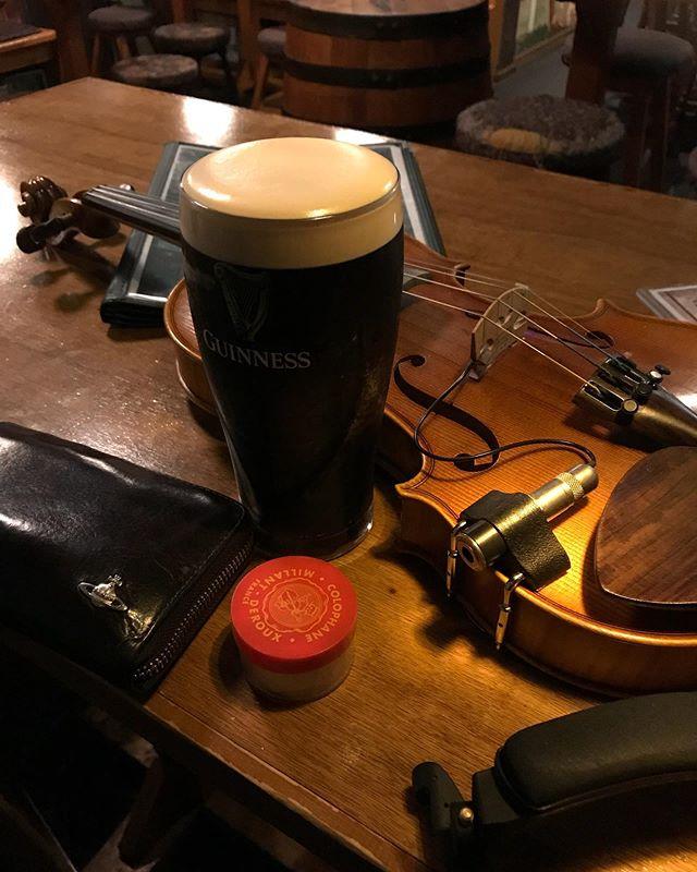 さて、本日はアイリッシュセッションビールですヨ🍺🍺 ギネス飲んで楽しみましょう🍺 #ダブリンベイ #アイリッシュセッション #irishsession