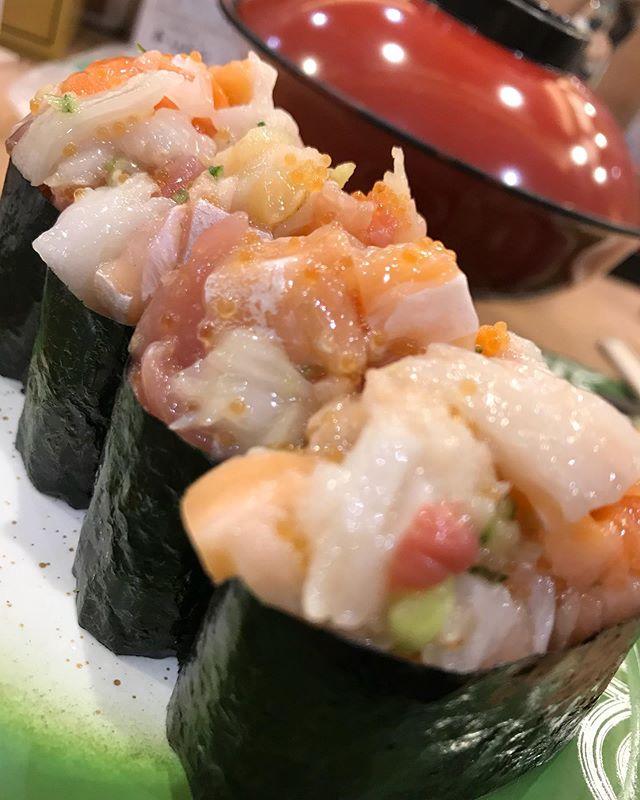 やっぱりトリトン! 爆弾来ました💣スゲー寿司🍣