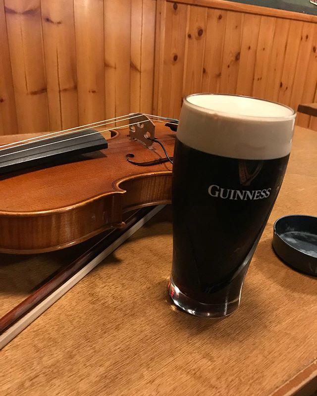 さて、ダブリンベイに移動しました🍺 本日アイリッシュセッションデス🍺 ビール飲んで楽しみましょう🍺#ダブリンベイ #アイリッシュセッション